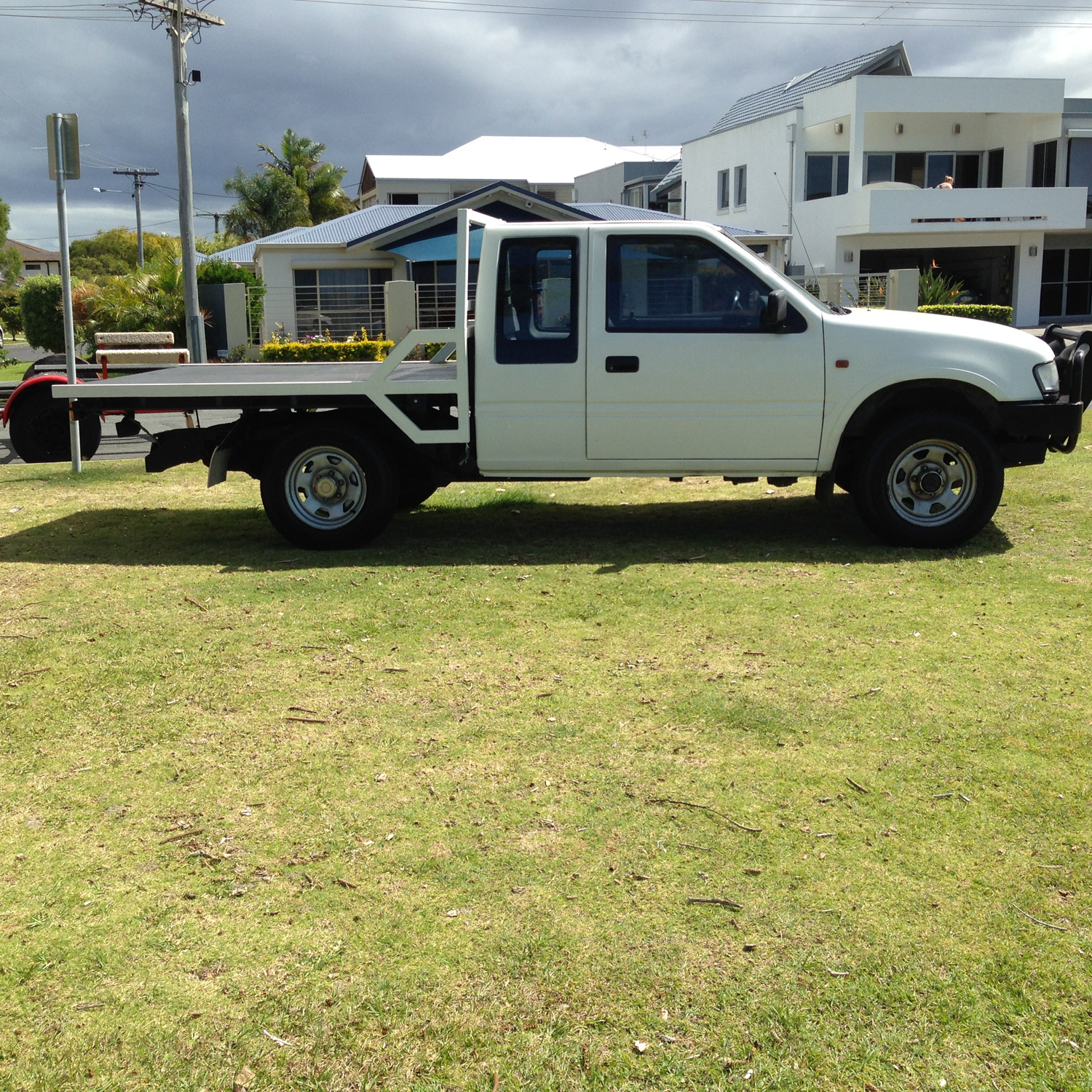 Sold 1997 Holden Rodeo R7 Ls Space Cab White Manual 4x4