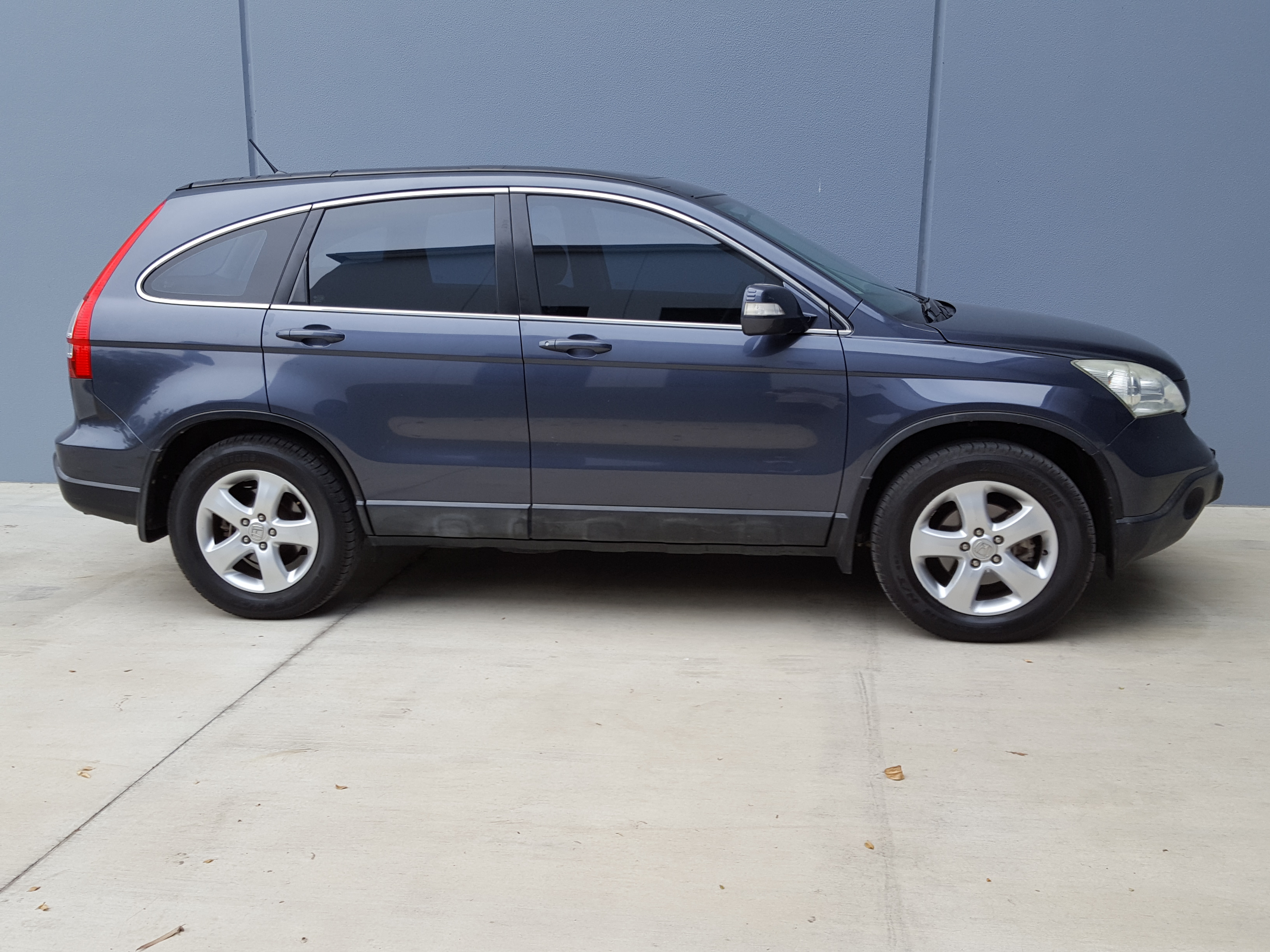 (SOLD) 2007 Automatic Honda CRV 4x4 SUV Sport Wagon top of ...