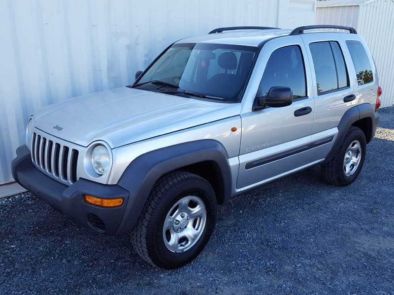 sold 2003 jeep cherokee sport automatic 4x4 low. Black Bedroom Furniture Sets. Home Design Ideas
