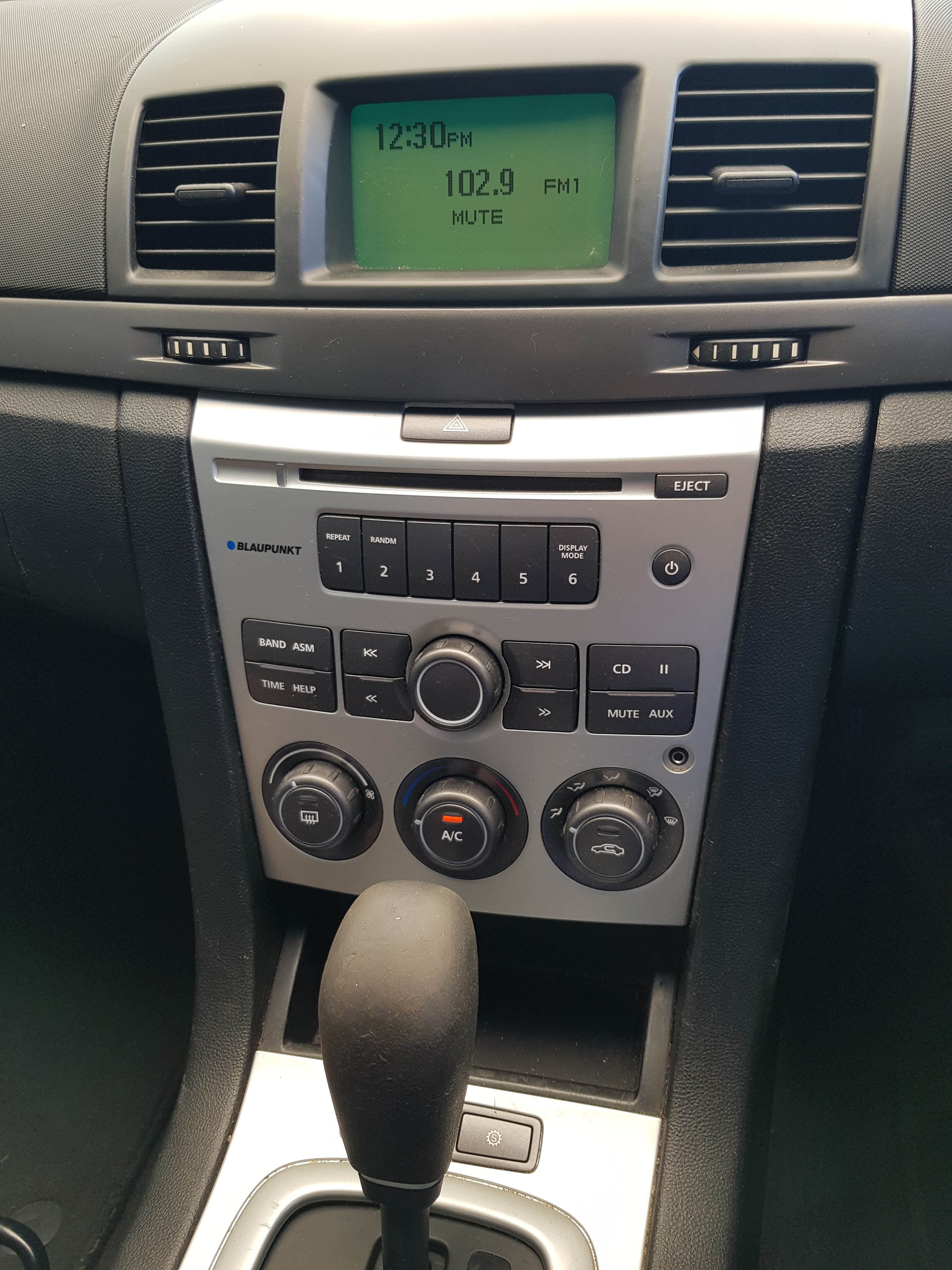 Automatic-Cars-Holden-Commodore-Sedan-2009-for-sale-12