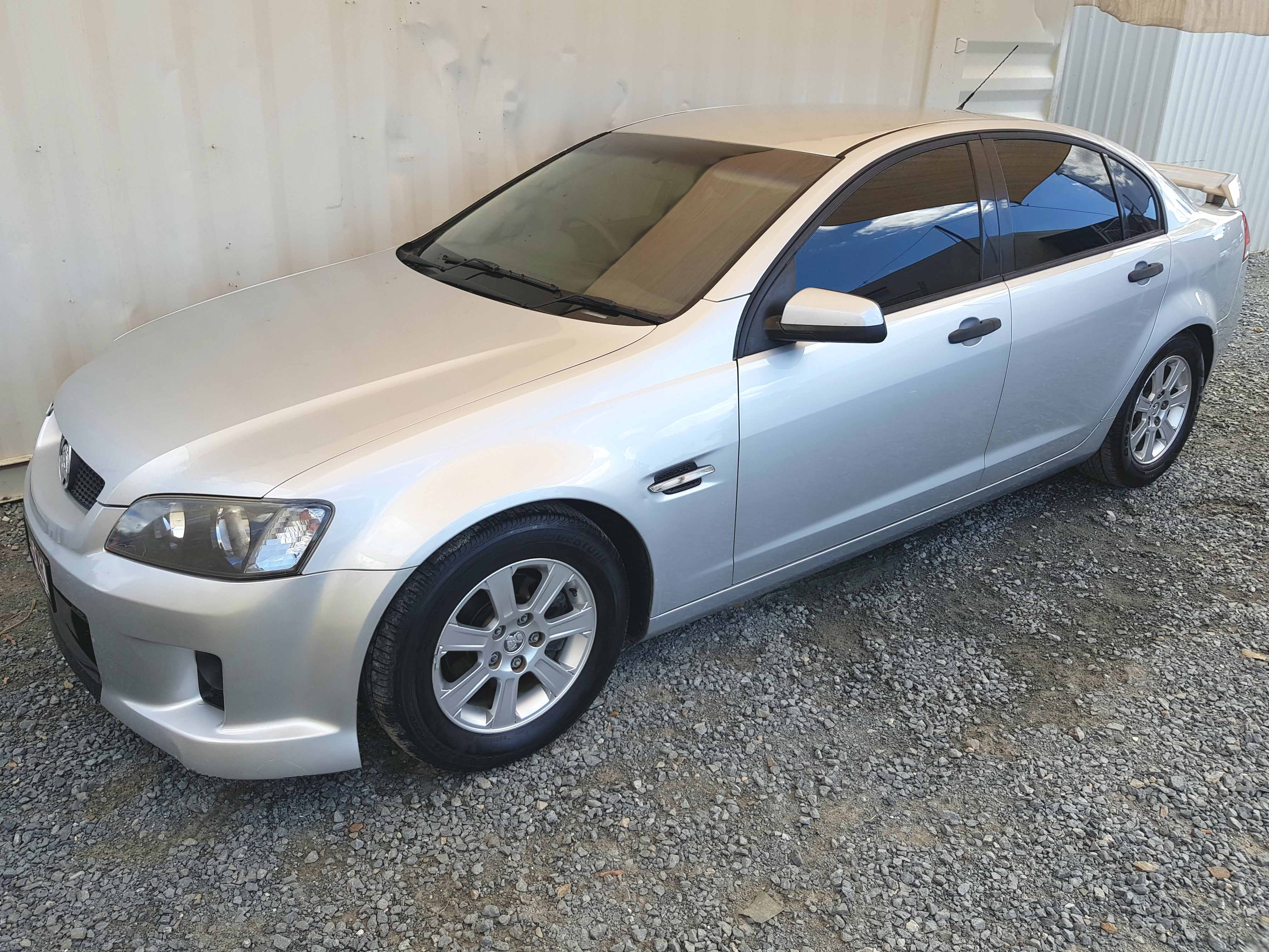 Automatic-Cars-Holden-Commodore-Sedan-2009-for-sale-3