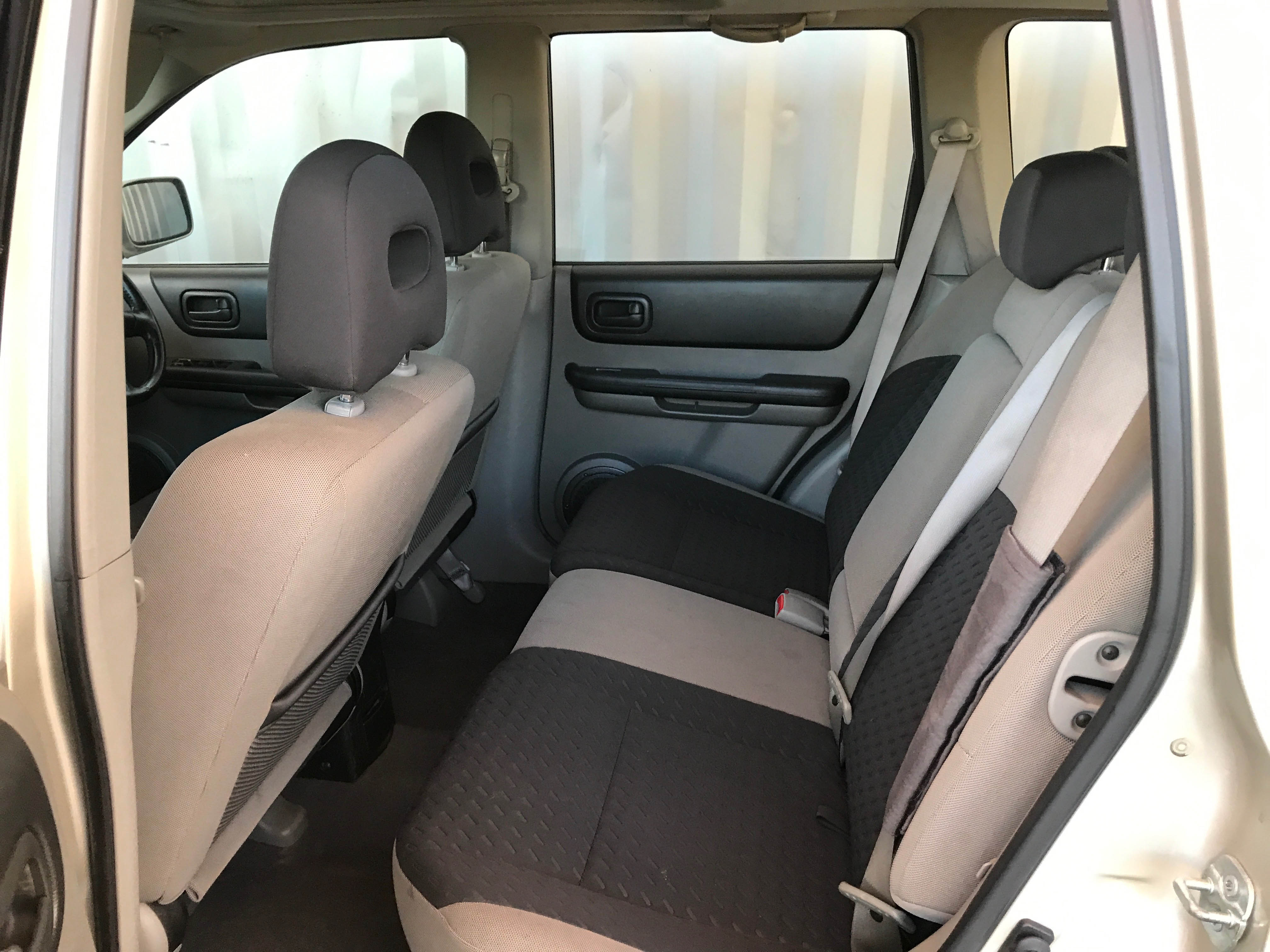 Cheap-Cars-Nissan-Xtrail-Gold-2006-for-sale-14