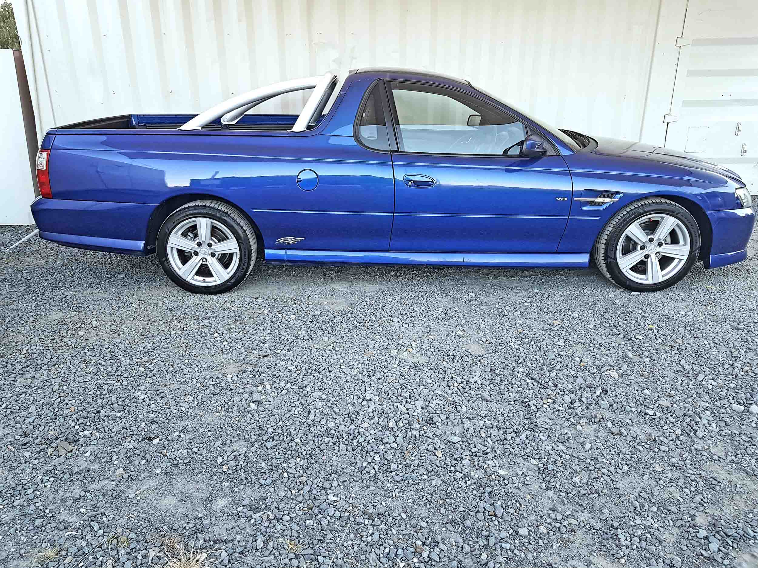 Automatic-Cars-Holden-Commodore-UTE-2004-for-sale-8