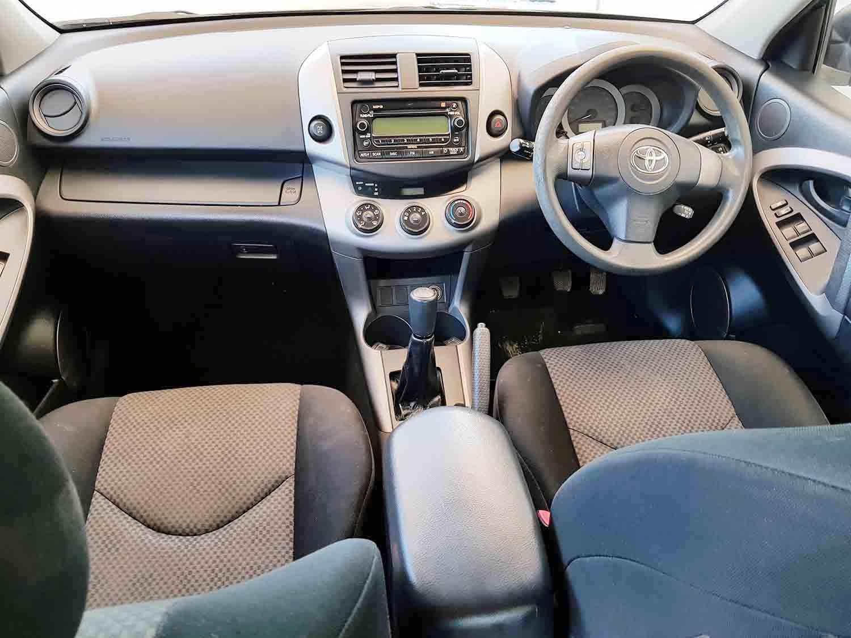 4×4-SUV-Toyota-RAV4-Wagon-2006 -11