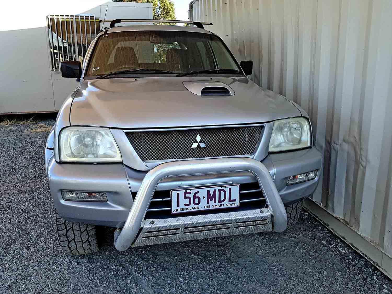 4×4 Turbo Diesel Dual Cab Mitsubishi Triton GLX-R-2