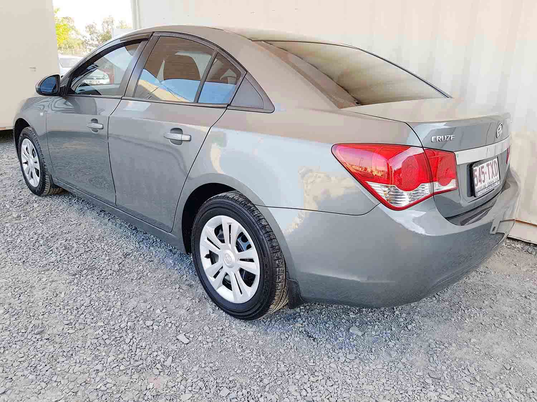 Automatic-4 cyl-Sedan-Holden-Cruze-2009-5