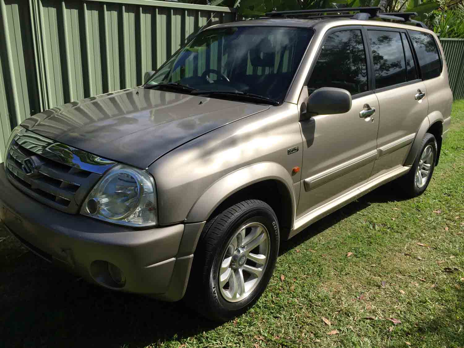 2003 grand vitara xl 7 bronze used vehicle sales. Black Bedroom Furniture Sets. Home Design Ideas