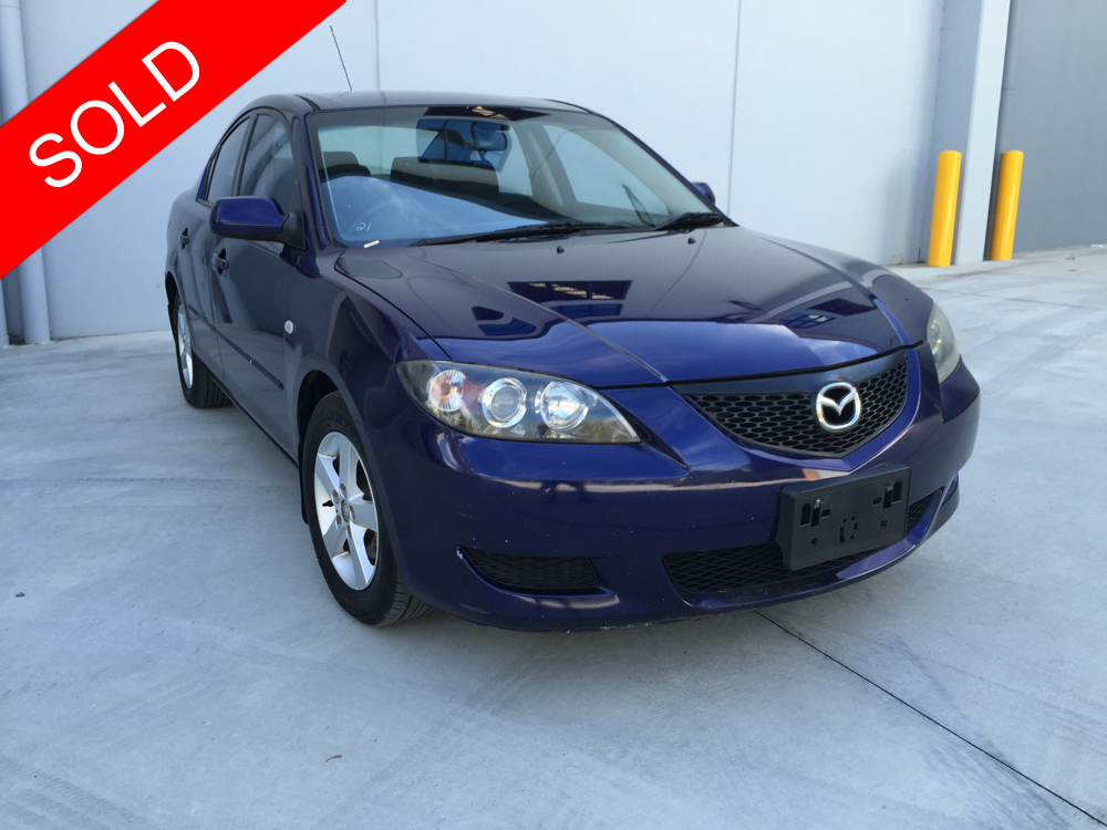 2004 mazda 3 maxx sedan automatic blue used vehicle sales. Black Bedroom Furniture Sets. Home Design Ideas