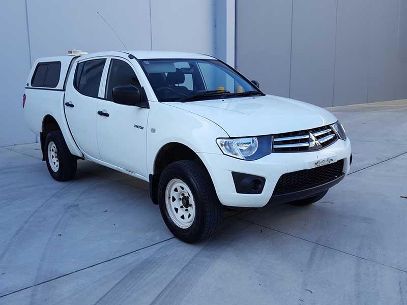 2012 Mitsubishi Triton White Ute-2 & 2012 Mitsubishi Triton Turbo Diesel Auto GLX White - Used Vehicle Sales