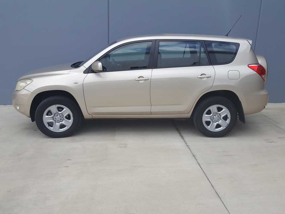 2006 toyota rav4 cv automatic gold used vehicle sales. Black Bedroom Furniture Sets. Home Design Ideas