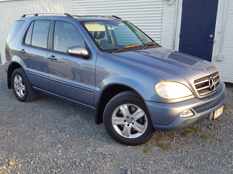 Luxury mercedes benz ml350 2005 blue used vehicle sales for 2005 mercedes benz ml320