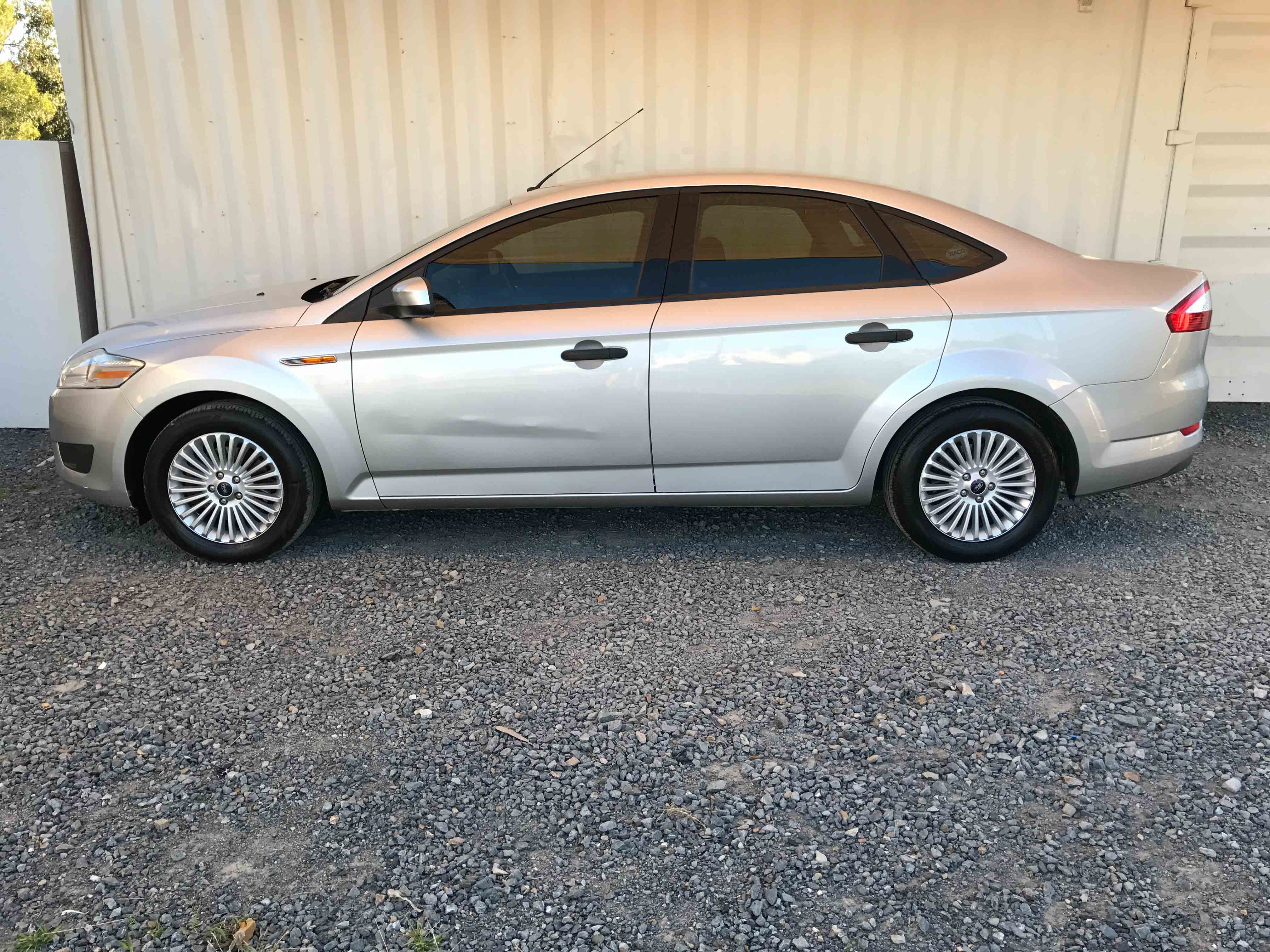 automatic 4cyl sedan ford mondeo 2007 silver used vehicle sales. Black Bedroom Furniture Sets. Home Design Ideas
