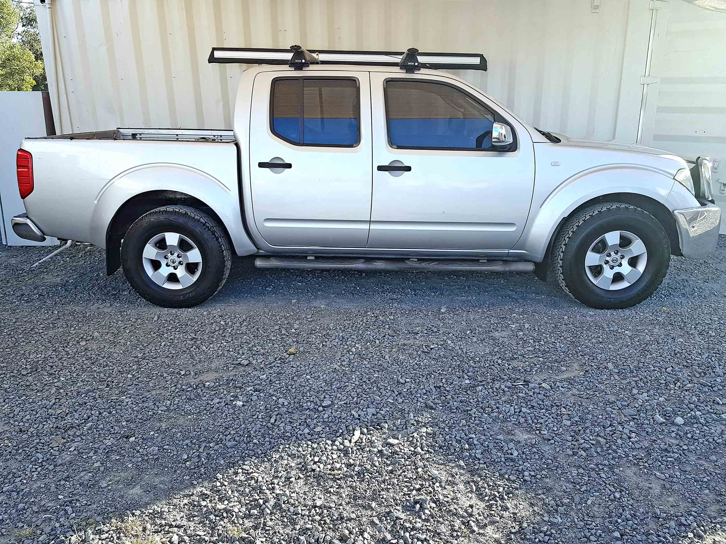 automatic d40 nissan navara st x 2006 silver used. Black Bedroom Furniture Sets. Home Design Ideas