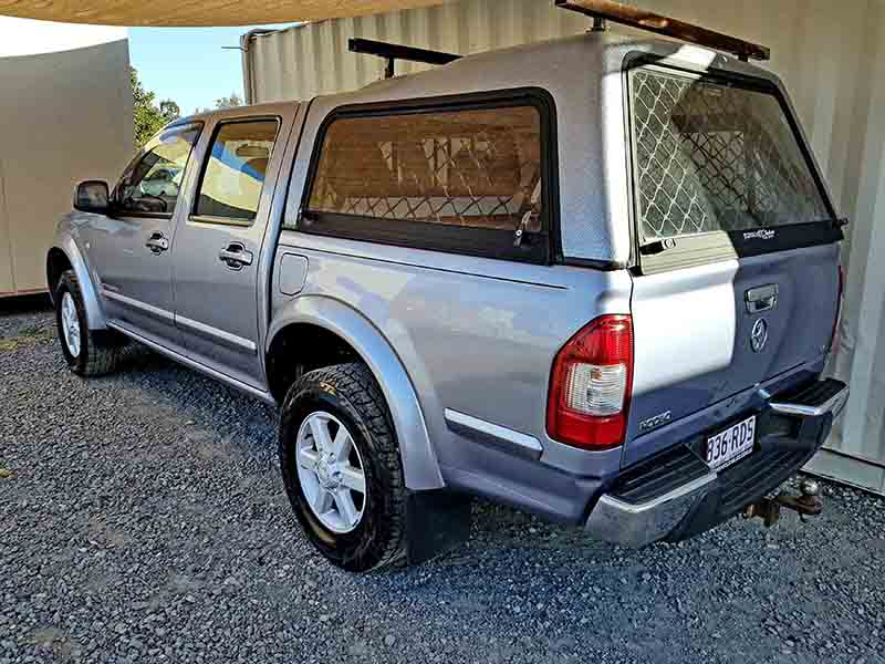 Automatic Dual Cab Ute Holden Rodeo 2004 Grey Used