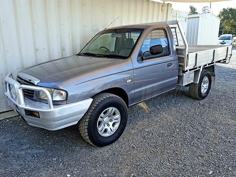 https://www.usedvehiclesales.com.au/wp-content/uploads/2017/09/4x4-Turbo-Diesel-Ute-Mazda-B2500-Bravo-2005-3-1.jpg