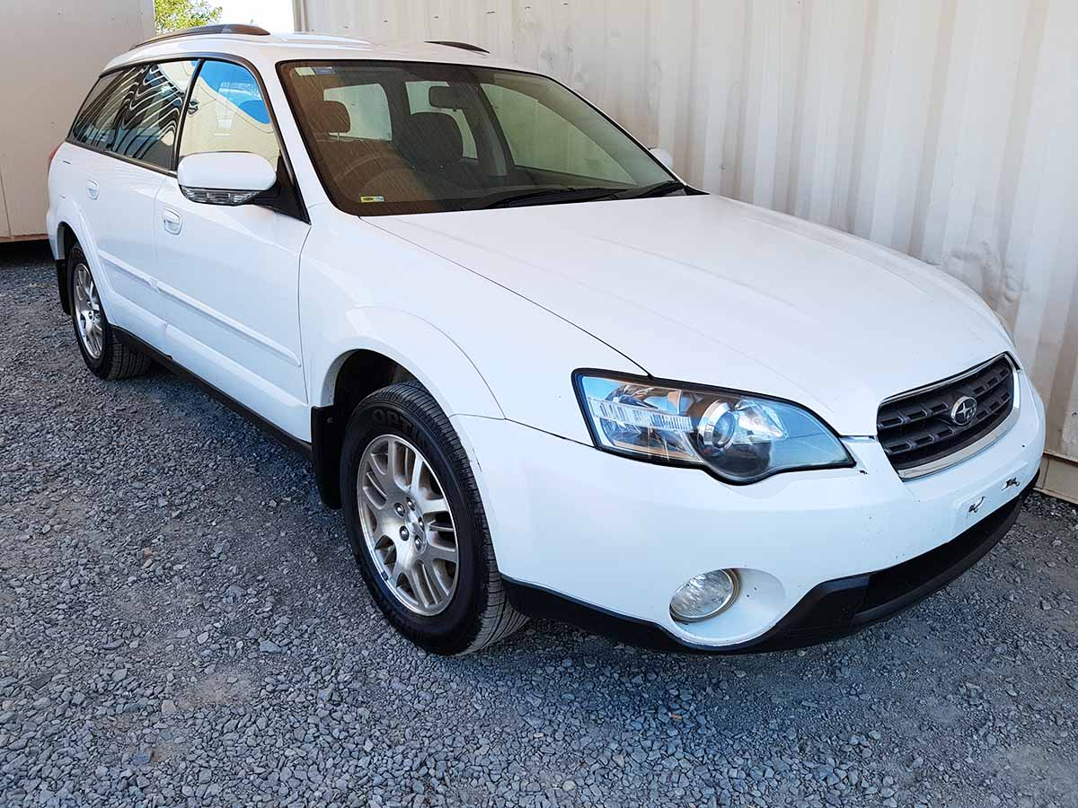 subaru outback awd wagon 2003 white used vehicle sales. Black Bedroom Furniture Sets. Home Design Ideas