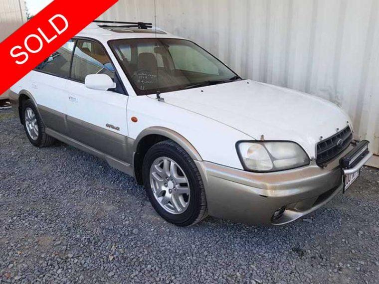 Automatic-4cyl-Subaru-Outback-Limited-AWD-Wagon-White-1999