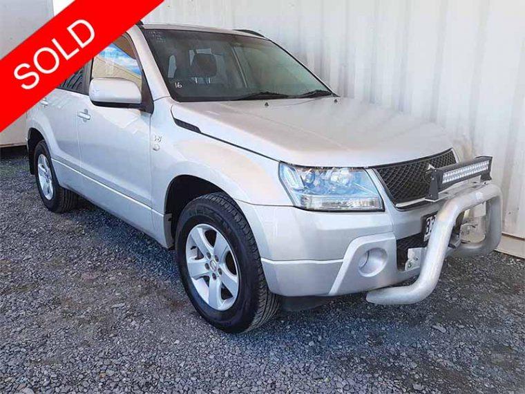 Automatic-4x4-SUV-Suzuki-Grand-Vitara-2006-For-Sale-1