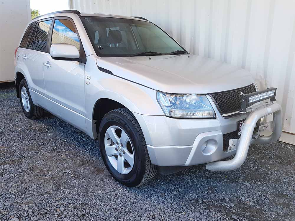 suzuki grand vitara suv 2006 silver for sale 8 490 used vehicle sales. Black Bedroom Furniture Sets. Home Design Ideas