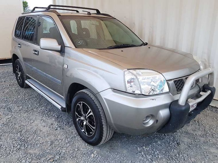 4x4 SUV Nissan X-Trail 2005 Silver For Sale