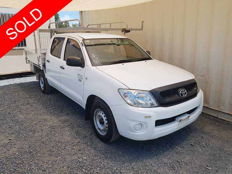 Toyota Hilux 6 Seat Dual Cab 2009 White