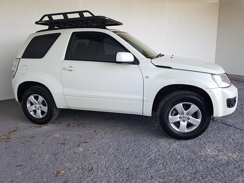 suzuki grand vitara 2015 white 9 used vehicle sales. Black Bedroom Furniture Sets. Home Design Ideas
