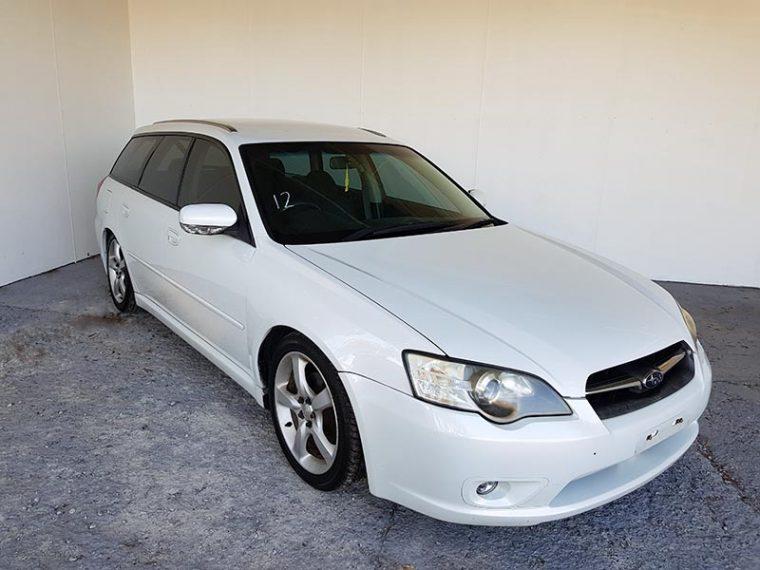 Subaru Liberty 4cyl Dual Range AWD Manual Wagon 2006 white