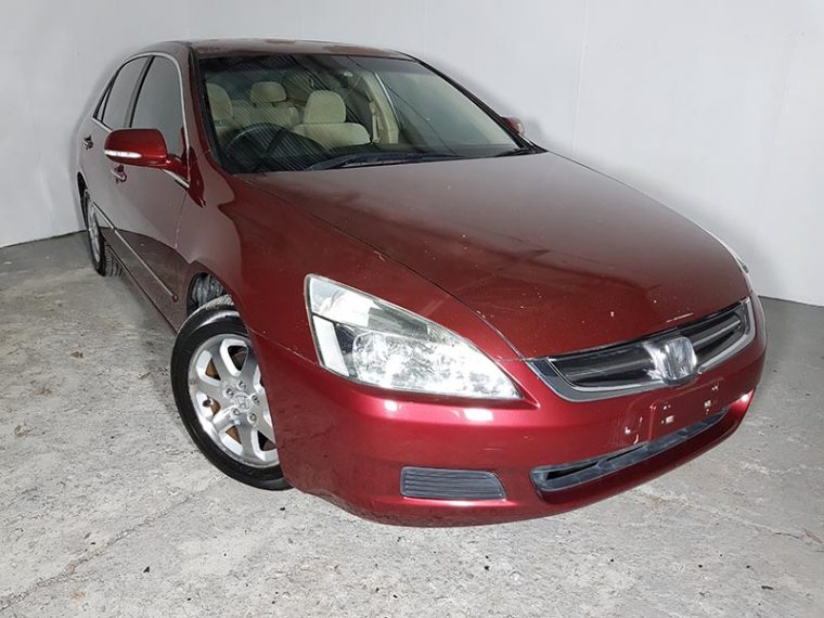 Automatic Luxury Sedan Honda Accord 2004 Maroon