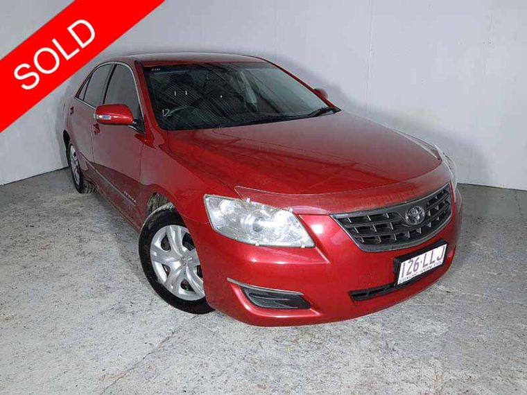2008 toyota aurion red