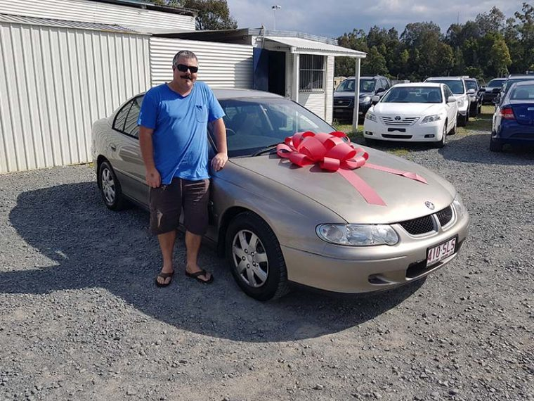 2001 Holden Commodore Acclaim Gold